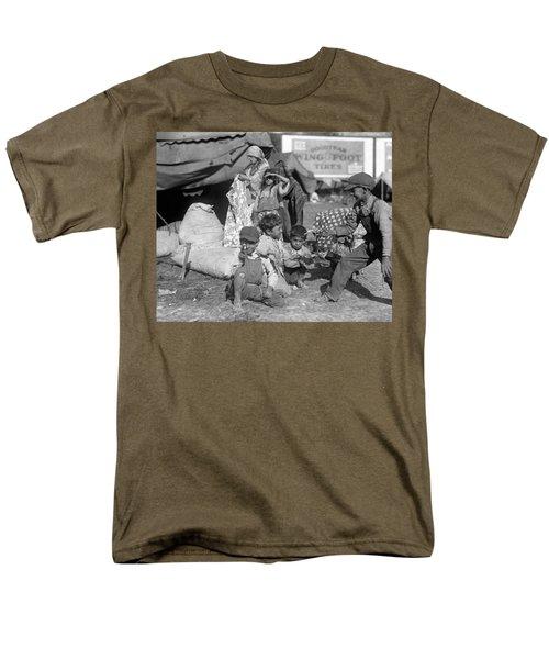 Gypsies, C1923 Men's T-Shirt  (Regular Fit) by Granger