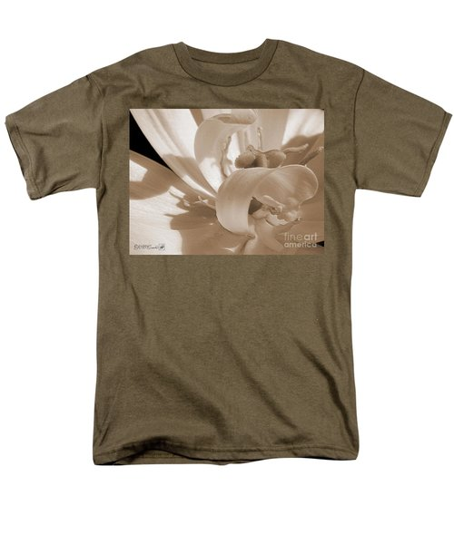Double Late Tulip Named Angelique Men's T-Shirt  (Regular Fit) by J McCombie