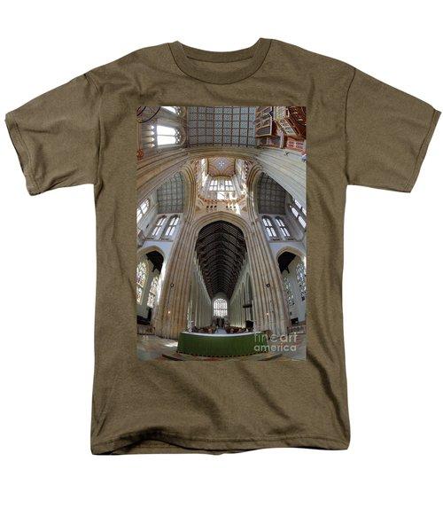 St Edmundsbury Cathedral  Men's T-Shirt  (Regular Fit)