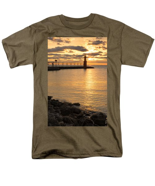 Across The Harbor Men's T-Shirt  (Regular Fit)
