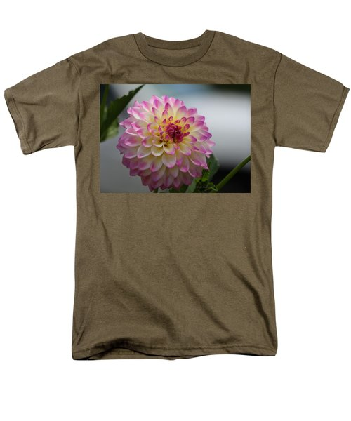 Men's T-Shirt  (Regular Fit) featuring the photograph Ala Mode by Jeanette C Landstrom