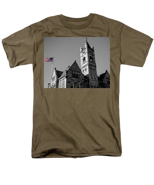 American Courthouse Men's T-Shirt  (Regular Fit) by James  Meyer