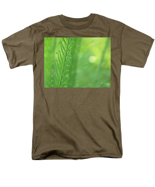 Men's T-Shirt  (Regular Fit) featuring the photograph Arabesque by Evelyn Tambour