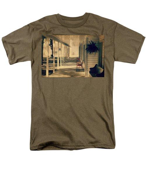 Arnold Park's Shops Men's T-Shirt  (Regular Fit)