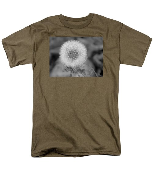 B And W Seed Head Men's T-Shirt  (Regular Fit) by David T Wilkinson