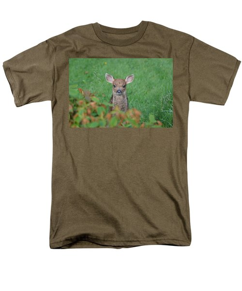 Men's T-Shirt  (Regular Fit) featuring the photograph Baby Fawn In Yard by Kym Backland