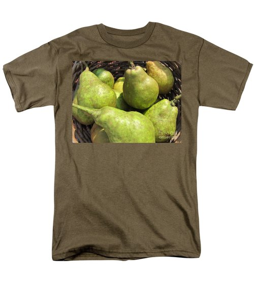Basket Of Green Pears Men's T-Shirt  (Regular Fit)