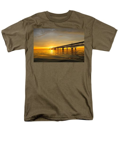 Bay Bridge Sunset Glow Men's T-Shirt  (Regular Fit)
