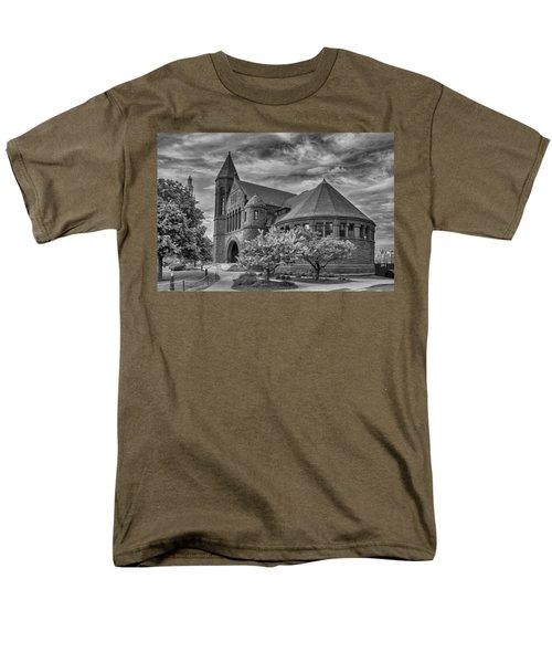 Billings Library At Uvm Burlington  Men's T-Shirt  (Regular Fit) by Guy Whiteley