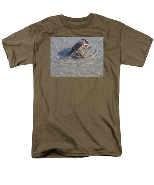 Blue Crab Chillin Men's T-Shirt  (Regular Fit) by Robert Nickologianis