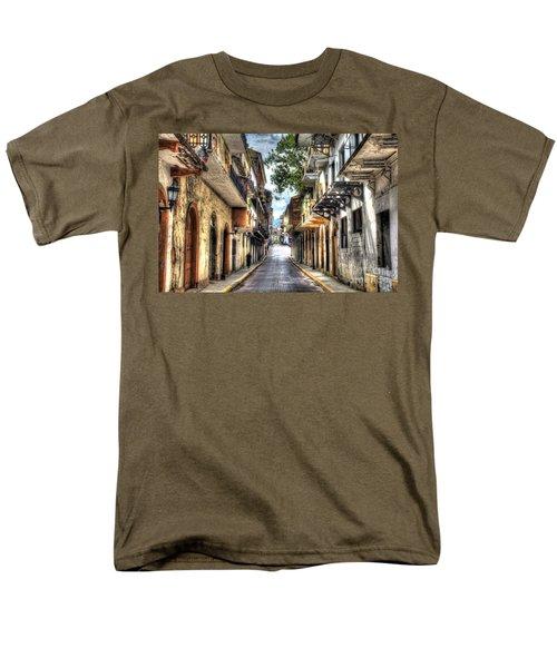 Calle 8a Este Men's T-Shirt  (Regular Fit) by Bob Hislop