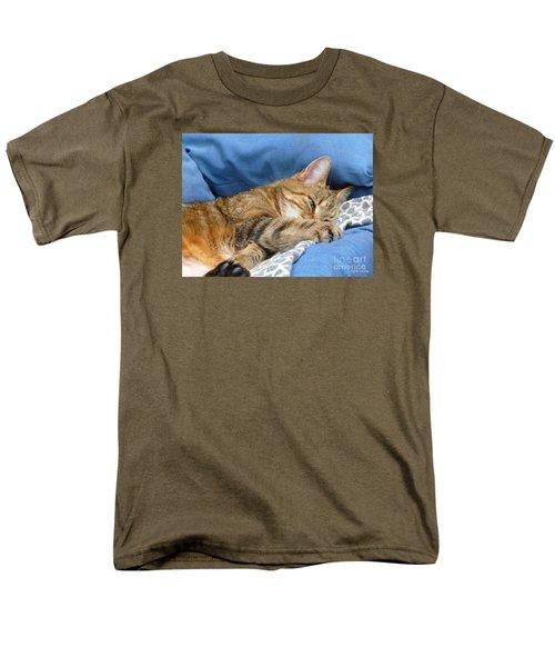 Men's T-Shirt  (Regular Fit) featuring the photograph Cat Nap by Lingfai Leung