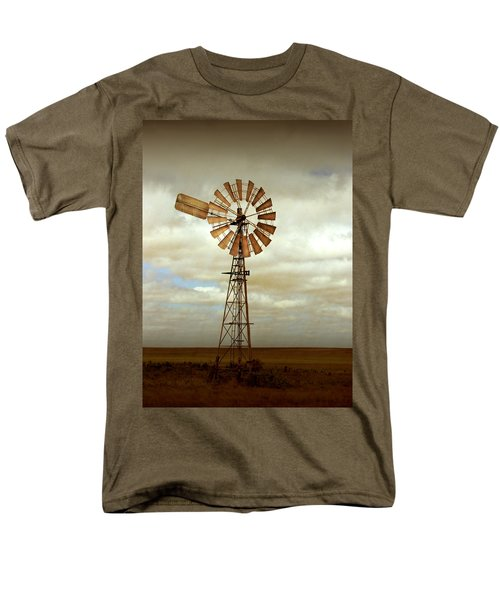 Catch The Wind Men's T-Shirt  (Regular Fit)