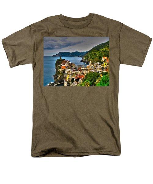 Cinque Terra Men's T-Shirt  (Regular Fit) by David Gleeson