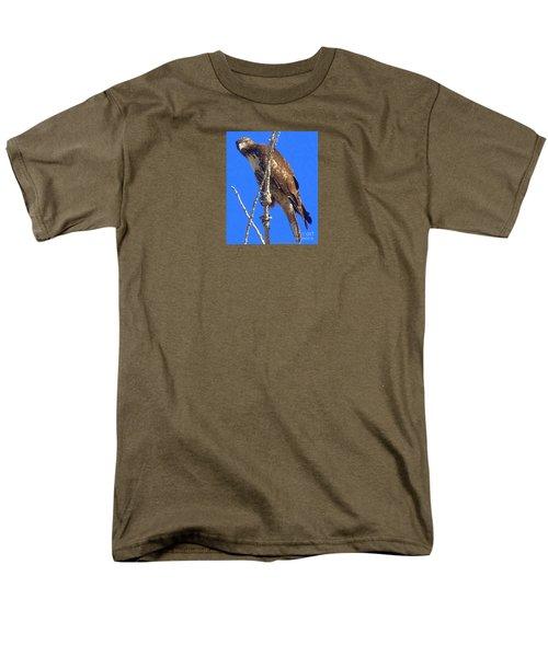 Hawk Close Up  Men's T-Shirt  (Regular Fit) by Bobbee Rickard