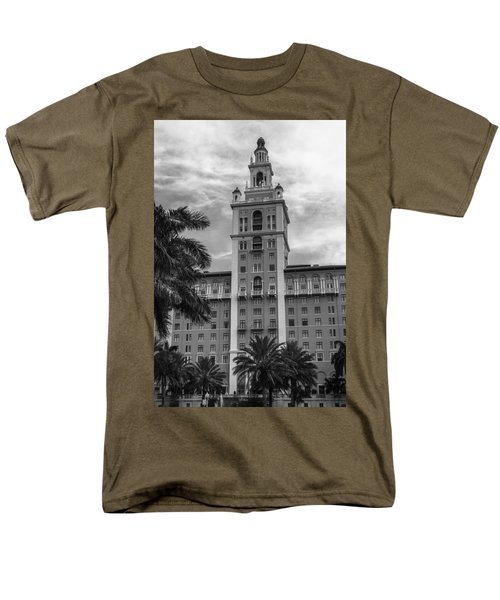 Coral Gables Biltmore Hotel In Black And White Men's T-Shirt  (Regular Fit) by Ed Gleichman