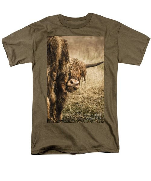 Men's T-Shirt  (Regular Fit) featuring the photograph  Highland Cow Damn Fleas by Linsey Williams