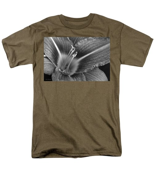 Day Lily In Black And White Men's T-Shirt  (Regular Fit) by Jeanette C Landstrom