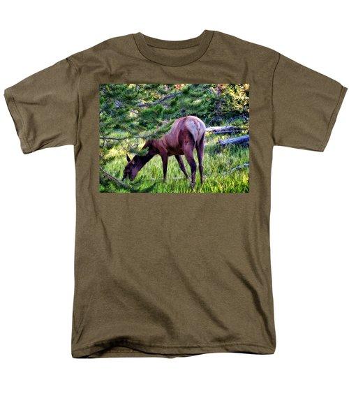 Men's T-Shirt  (Regular Fit) featuring the photograph Deer 7 by Dawn Eshelman