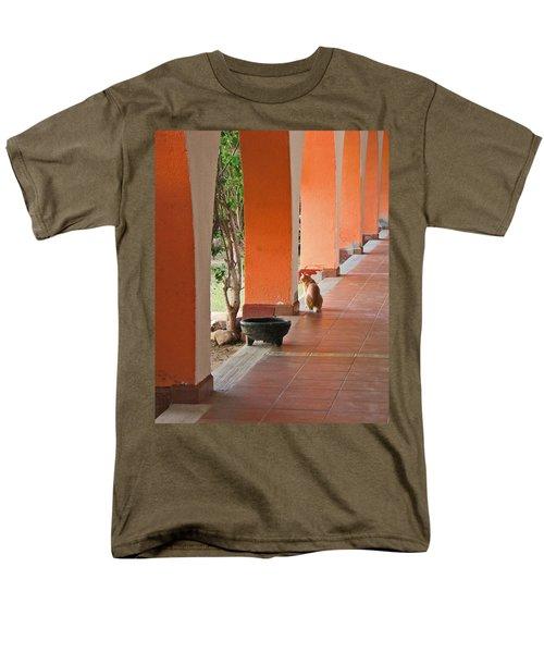 Men's T-Shirt  (Regular Fit) featuring the photograph El Gato by Marcia Socolik