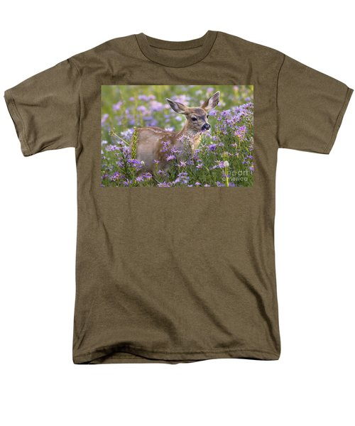 Fawn In Asters Men's T-Shirt  (Regular Fit) by Sonya Lang