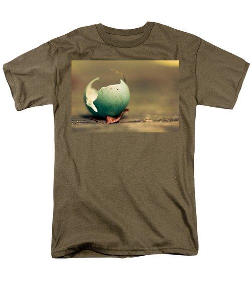 Free Men's T-Shirt  (Regular Fit)