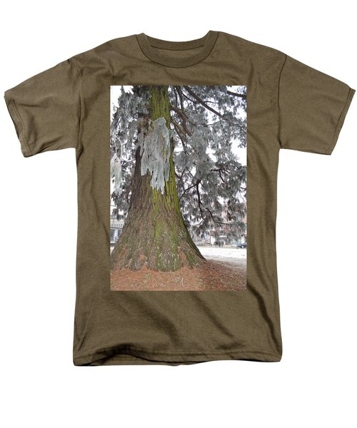 Men's T-Shirt  (Regular Fit) featuring the photograph Frost On The Leaves by Felicia Tica