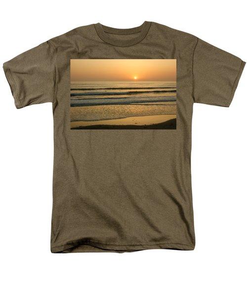 Golden California Sunset - Ocean Waves Sun And Surfers Men's T-Shirt  (Regular Fit) by Georgia Mizuleva