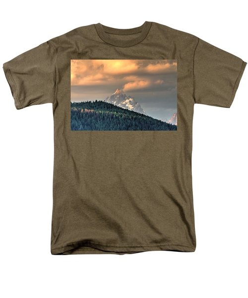 Grand Morning Men's T-Shirt  (Regular Fit) by David Andersen