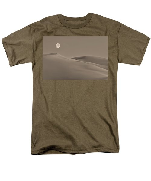 Great Sand Dunes Men's T-Shirt  (Regular Fit) by Don Spenner