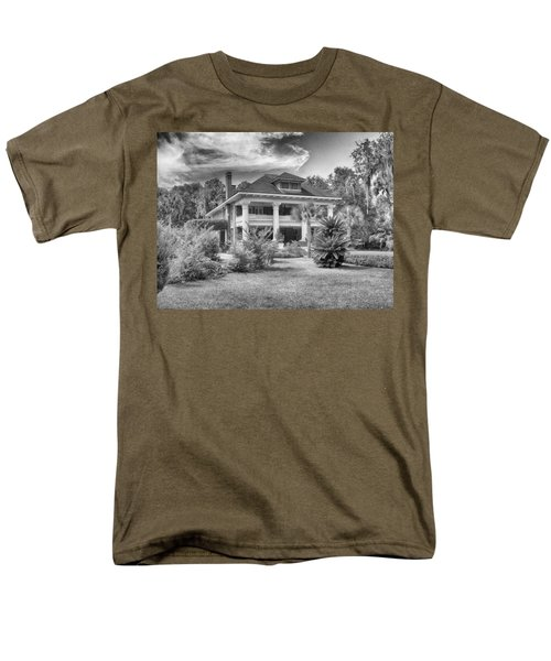 Men's T-Shirt  (Regular Fit) featuring the photograph Herlong Mansion by Howard Salmon