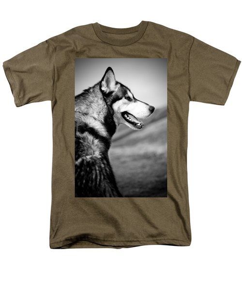 Husky Portrait Men's T-Shirt  (Regular Fit) by Mike Taylor