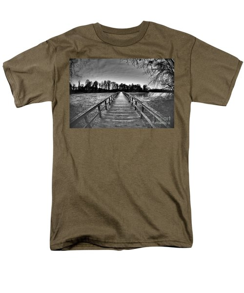 Into The Distance Men's T-Shirt  (Regular Fit)