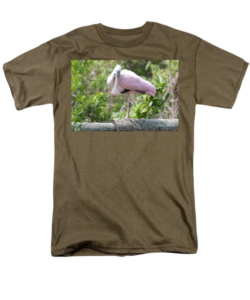 Light Pink Roseate Spoonbill Men's T-Shirt  (Regular Fit) by Carol Groenen