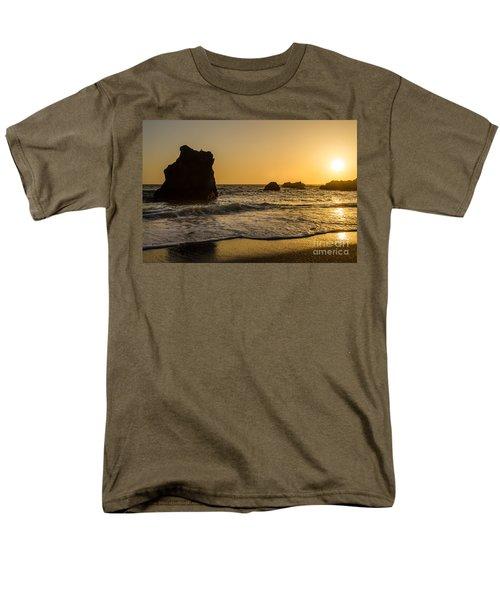 Men's T-Shirt  (Regular Fit) featuring the photograph Little Bird by CML Brown