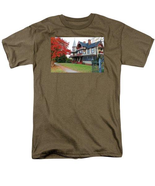 Lowenstein-henkel House Men's T-Shirt  (Regular Fit)