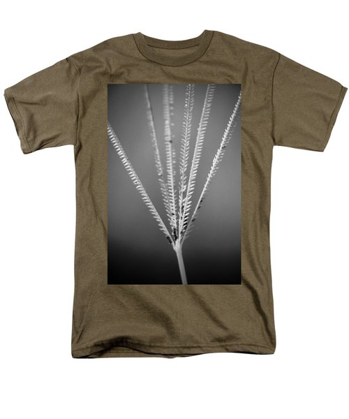 Men's T-Shirt  (Regular Fit) featuring the photograph Loxahatchee Grass by Bradley R Youngberg