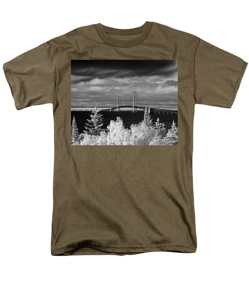 Macinac Bridge - Infrared Men's T-Shirt  (Regular Fit) by Larry Carr