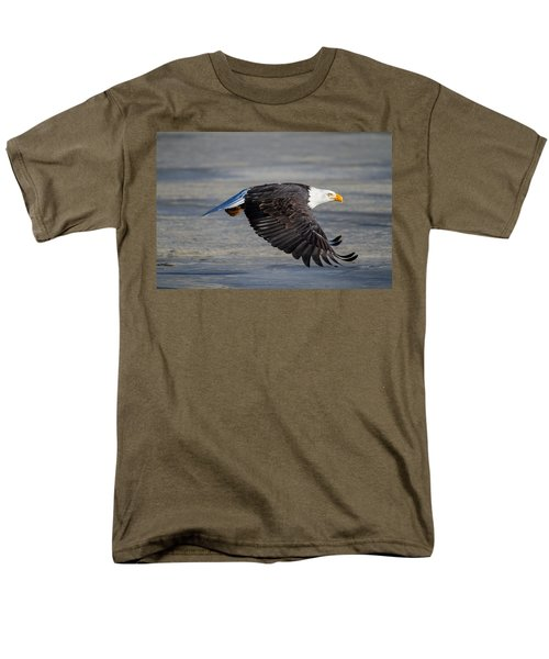 Male Wild Bald Eagle Ready To Land Men's T-Shirt  (Regular Fit) by Eti Reid
