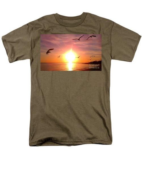 Malibu Paradise Men's T-Shirt  (Regular Fit)
