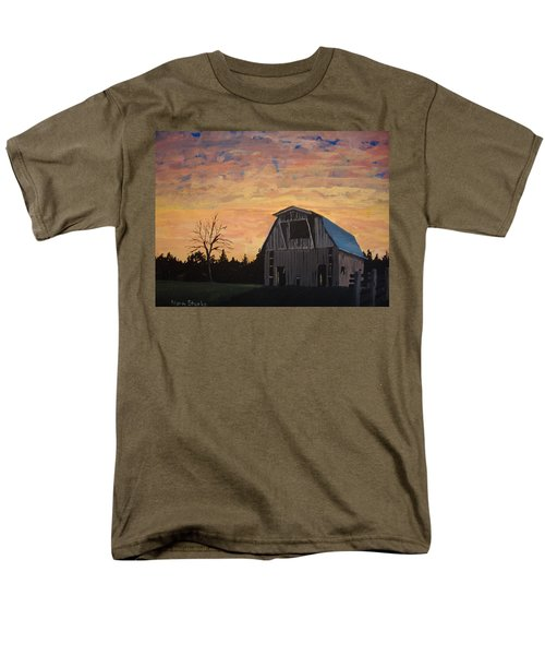 Missouri Barn Men's T-Shirt  (Regular Fit) by Norm Starks