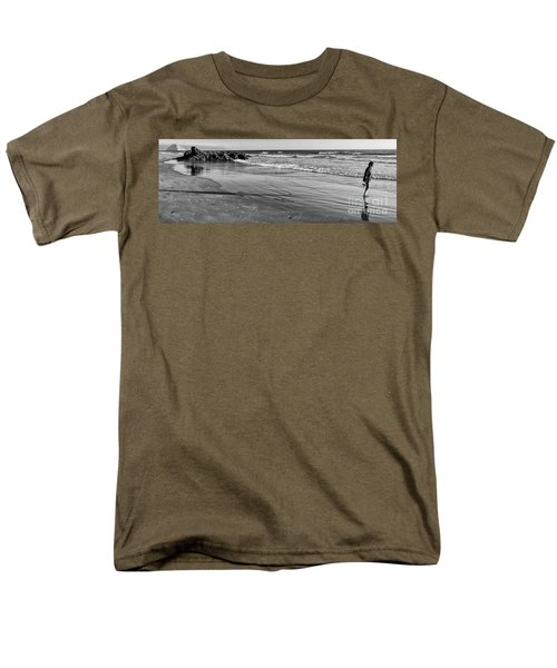 Morro Beach Walk Men's T-Shirt  (Regular Fit)