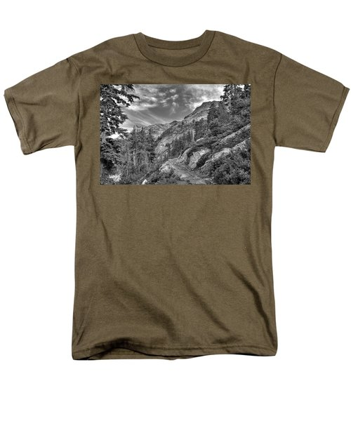 Mount Pilchuck Black And White Men's T-Shirt  (Regular Fit)
