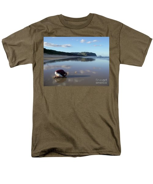My Friend Photographer Men's T-Shirt  (Regular Fit) by Jola Martysz