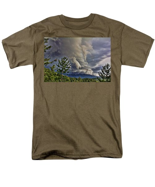 Nature Showing Off Men's T-Shirt  (Regular Fit) by Tom Culver
