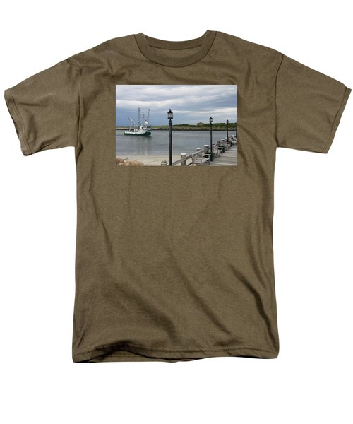New Species Head Back Men's T-Shirt  (Regular Fit) by Christiane Schulze Art And Photography