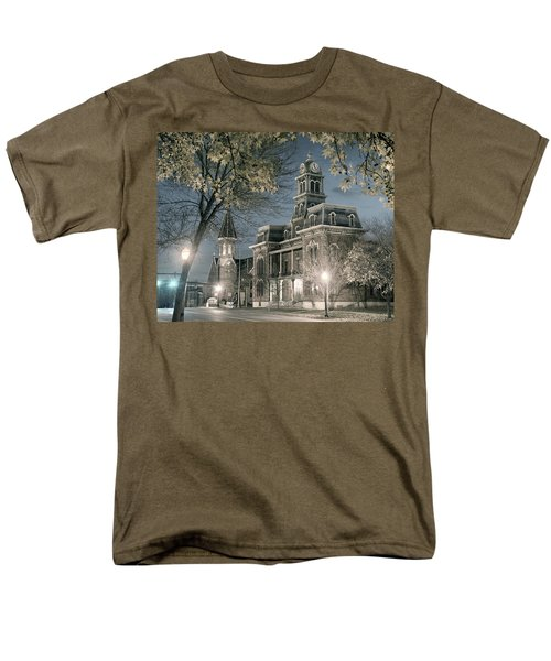 Night Court Men's T-Shirt  (Regular Fit) by William Beuther