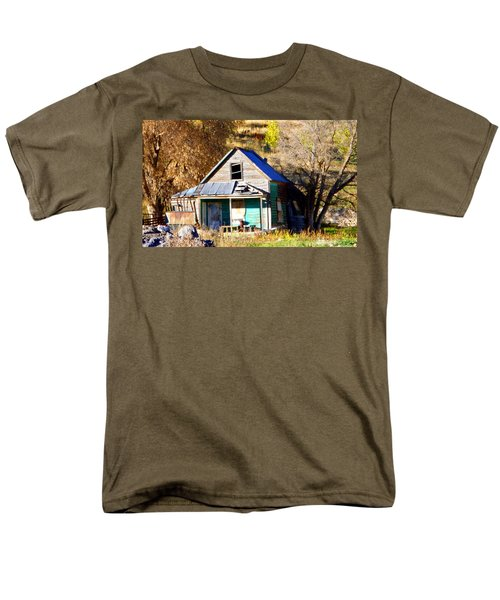 Men's T-Shirt  (Regular Fit) featuring the photograph Nobody's Home by Jackie Carpenter