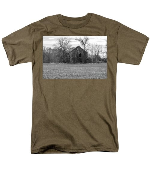 Old Barn Men's T-Shirt  (Regular Fit) by Charles Kraus