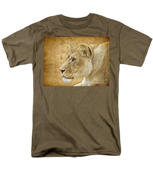 On Target Men's T-Shirt  (Regular Fit) by Steve McKinzie